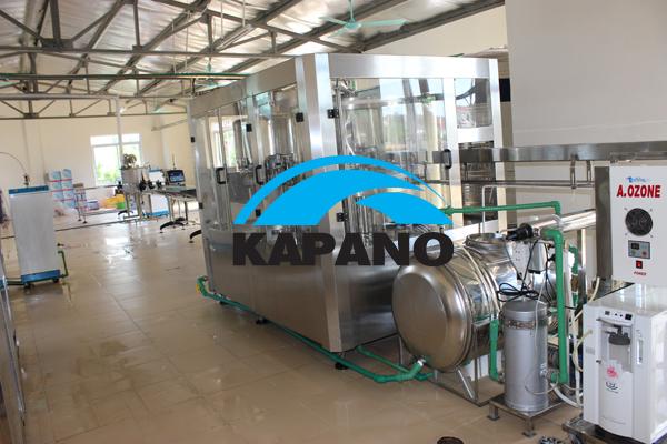 Dây chuyền sản xuất nước đóng chai tự động